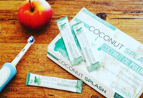 Coconut Splash - Naturlig Coconut Oil Pulling For munnhygiene?